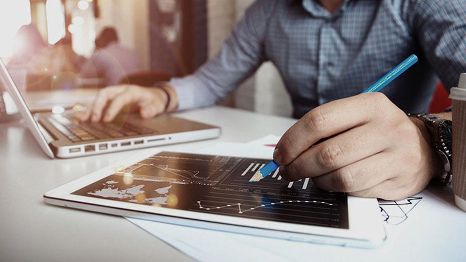 资产负债数据分析平台